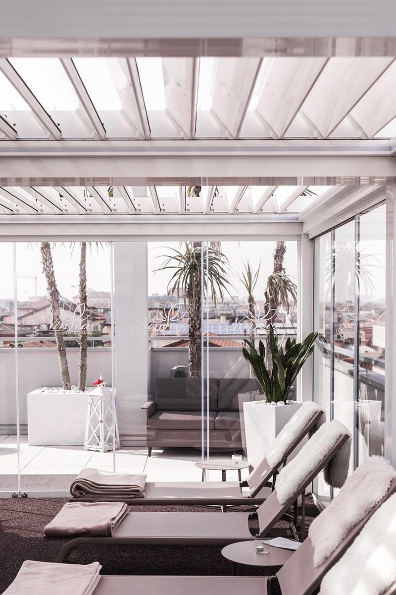 Hotel-Wellness-Spa-Caorle-pergole-bioclimatiche-more-space-img-sx