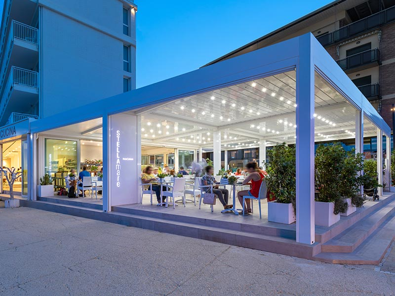 hotel-stellamare-caorle-pergola-bioclimatica-more-space-thumb