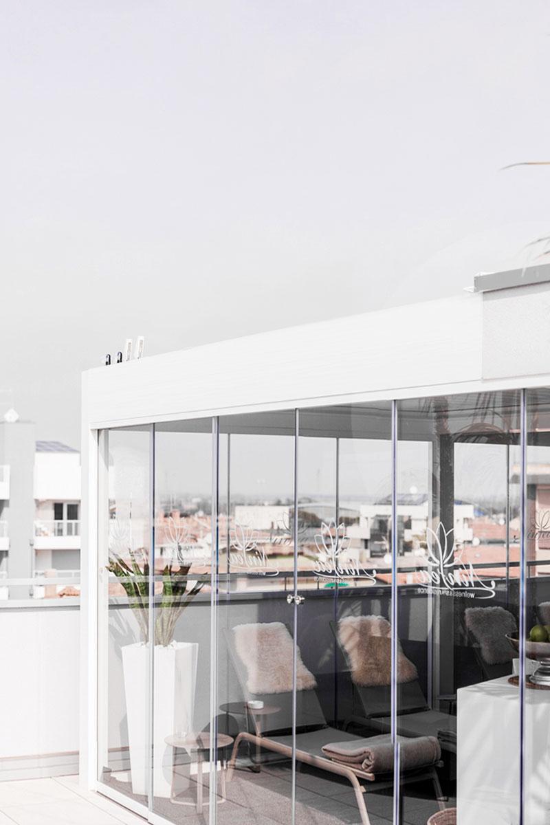 pergole-bioclimatiche-lamelle-orientabili-contract-more-space-outdoor-design-2